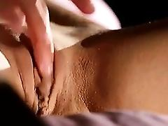 Teen girl has a fountain - visit realfuck24