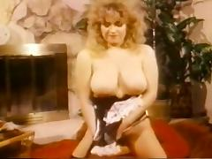 Busty Christy Canyon Frigs Her Wet Pussy