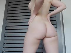 Curvy pawg ashley shakes her ass 3