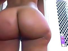 Phat ass tranny