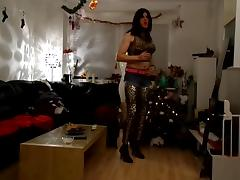 Sandralein smoking and dancing in leopard leggins and jeans