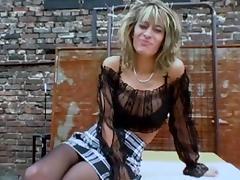 Nena Blow - Vollbusige Hobby Nutten --GulsjuRip--
