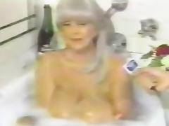 Candy Samples interview in bathtub