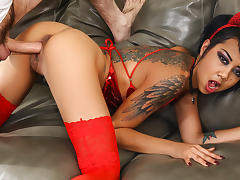 Kimberly Chi & Tommy Pistol in Kimberly Chi Squirts - BurningAngel