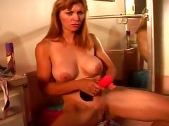 MILF Kelly Fire Loves Anal Stimulation