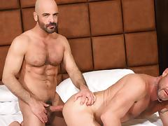 Chad Brock and Adam Russo - BarebackThatHole