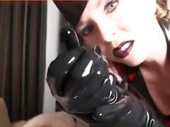 HEAVY MAKEUP AND LATEX HANDJOB