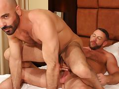 Shay Michaels and Adam Russo - BarebackThatHole