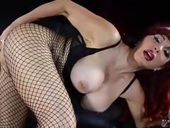 Redhead Sexy Vanessa masturbating using nice toy