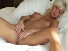 Unbelievable pussy of fairhair girl porn video