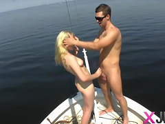Amateur chick Niki hardcore on boat