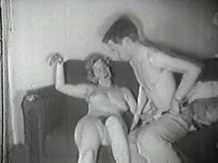 Survey Man Picks up a Chick 1950 porn video