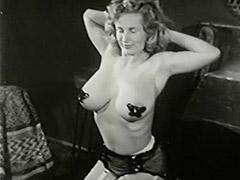 Busty Mom Loves to Entertain 1950 porn video