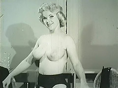 Smart Blonde Taking off Her Clothes 1950 porn video