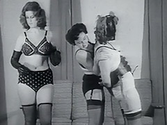 Fetish Riding the Human Pony Girl 1950 porn video