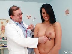 Doctor invades her yummy pussy