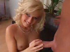 Z44B 583 Euro Blonde Banquet