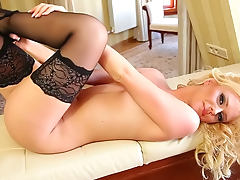 Curly babe Martina Rajic in sexy black stockings