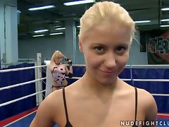 Pussy Eating Lesbian Wrestlers Have Fun On The Mat