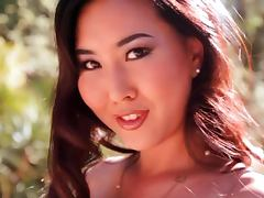 Gorgeous Asian queen Vivian Keys goes solo
