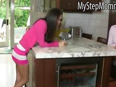 Teen April Oneil and busty MILF Vanilla Deville threesome