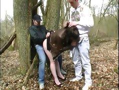 Elle fait la pute au bois de Boulogne A75