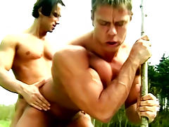Outdoor bodybuilder fucking between Attila and Miklos