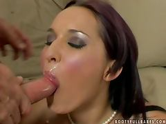 Lea Magic gives a blowjob and a titjob before riding a cock