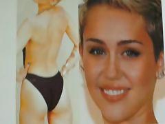 Cum on Miley Cyrus Ass