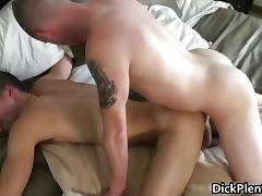 Hot cute face dude sucking big cock
