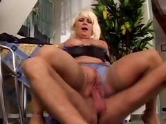 Mature german lady gets fucked anal after a hot blowjob