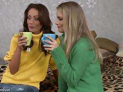 A Hot Threesome With The Sexy Teens Cayenne AndSophie
