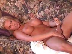 Shemale barbie hun loves cumming on herself