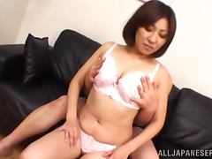Booty Japanese milf loves the size of that cock
