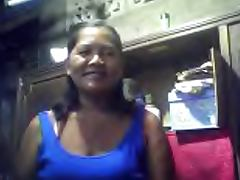 FILIPINA GRANDMA MERLEN DELA VICTORIA 53 SHOWING HER BOOBS porn video