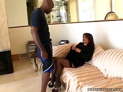 Rolling int he hay with a juicy brunett milf Jillian