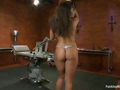 Fucking machine makes Alexa Jaymes stun so hot