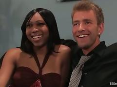Dean Strong gets his ass torn up by lewd tranny Sexy Jade