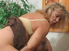 Mature and Boy (Camaster) porn video