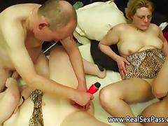 Chubby British amateur swinging housewives