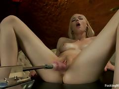 Close up video with Rylie Richman getting toyed by a machine