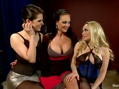 Busty Starrs Aiden and Bobbi Strapon Fucking Girl in Lesbian Threesome
