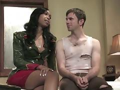 Interracial sex with a sizzling ebony shemale