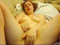 Amateur Teen Dildoing & Squirting