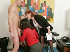 Femdom group give guy a blowjob porn video