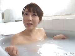 That we body of Sayuri Ikuina is something to love watching