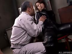 Tamaki Nakaoka Getting Her Pussy Toyed and Fingered in Bondage Vid