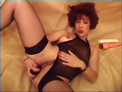 French Babe Plays With Her Pussy And Ass