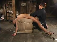 Smoking hot ebony siren is sweating from so much pain