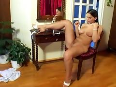 Eve angel masturbating her wet pussy in a hot solo